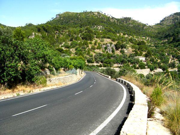 Mallorcas Tramuntana-Bebirge mit dem Auto