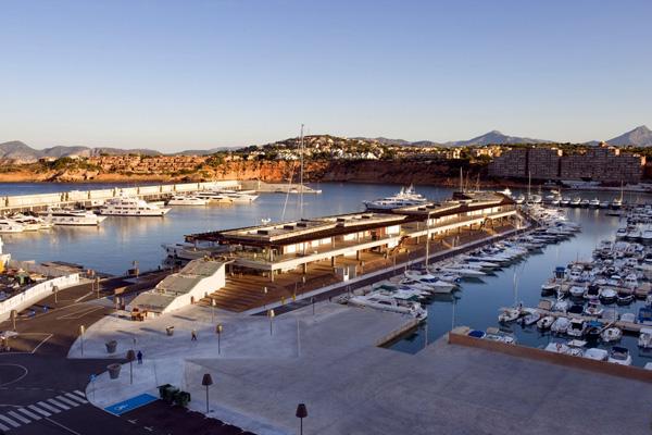 Port Adriano Hafen